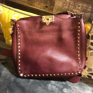 VALENTINO BURGANDY MESSENGER BAG